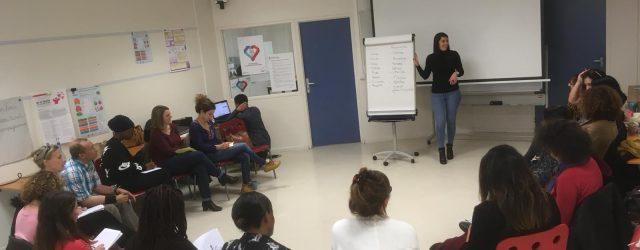 Le 4 décembre s'est tenu la rencontre des chargé-es d'accueil du réseau. L'accueil est au cœur du projet « Centre Social ». En effet, au-delà du rôle d'information […]